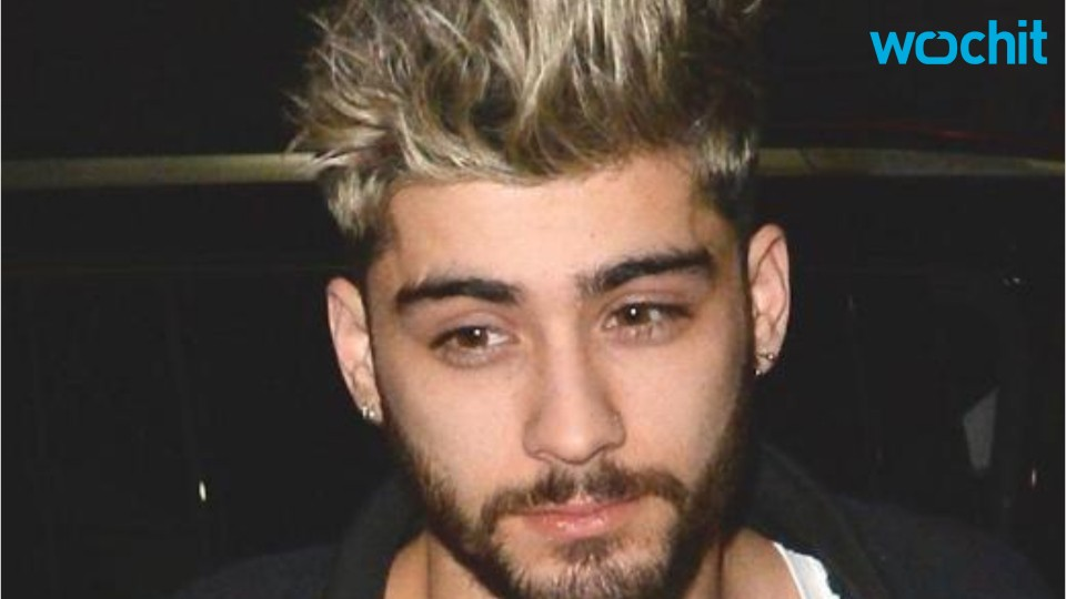 Zayn Malik Ditches Blonde Hair For Pink